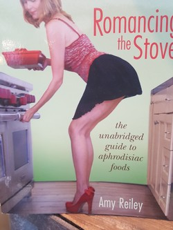 Romancing The Stove - Amy Riley