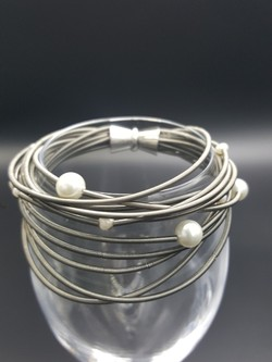 Slate Piano Wire Bracelet with Pearls